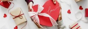 Traveling, Valentine's Day, Tips