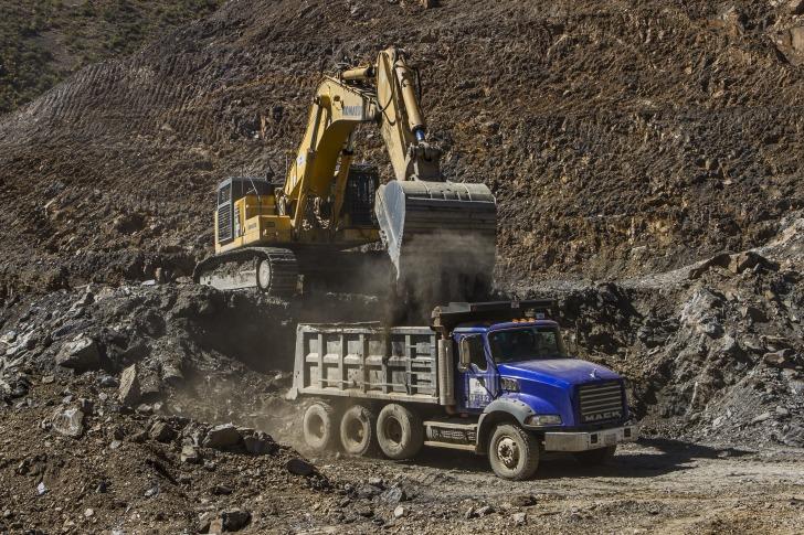 Road construction Bolivia