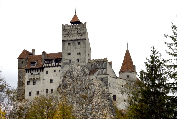 Bran Castle/ Image by Andrey Cojocaru from Pixabay