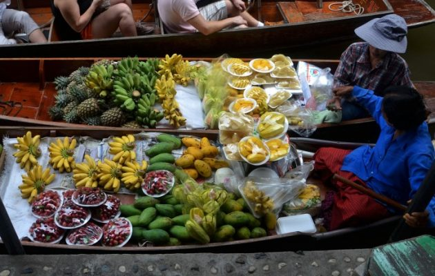 Traveling, Thailand, Guide, Places to See, Floating Market