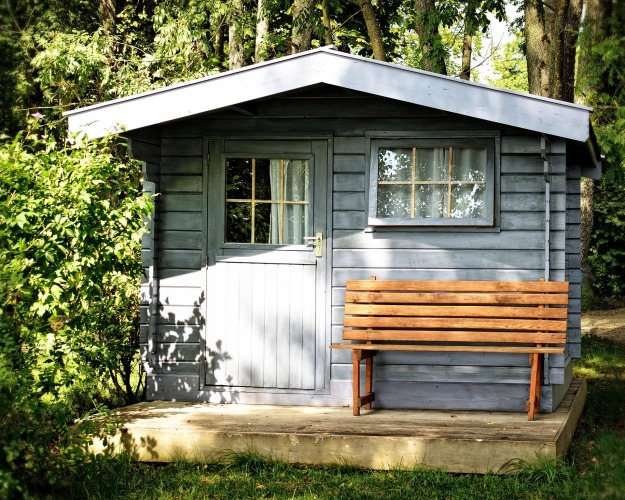 In Texas, you can find many romantic cabins/ Image by Manfred Antranias Zimmer from Pixabay