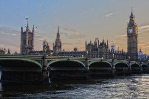 Traveling, UK, Cheap Destinations