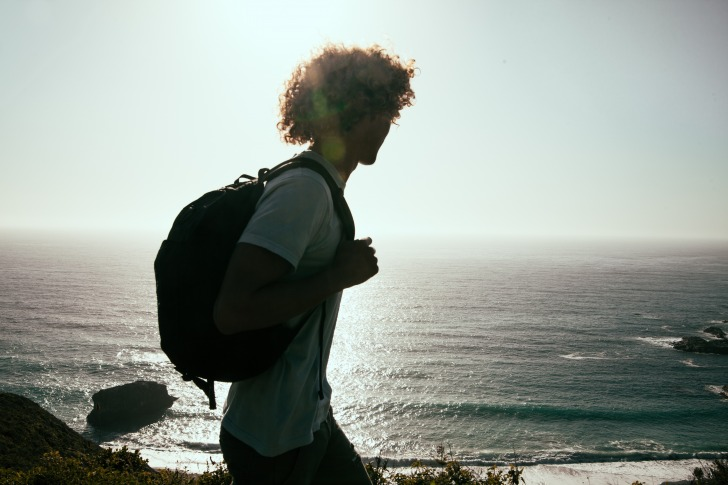 Curly backpacker