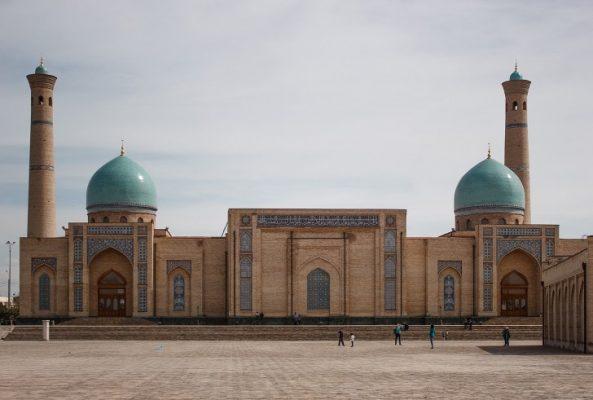 Traveling, Budget-Friendly Options, Cheap Journey, Uzbekistan
