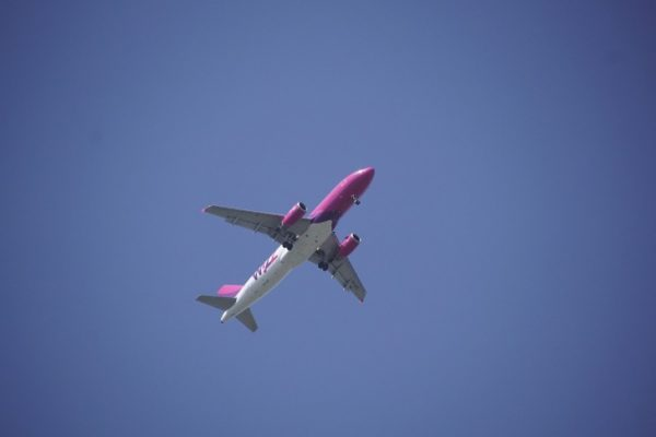 Traveling, Cheap Flight, Tips, Tricks, Budget Airlines